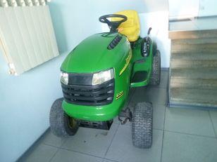 трактор-газонокосарка JOHN DEERE L120